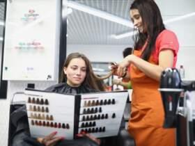wybór farby do włosów bez amoniaku